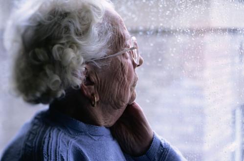 Ελλάδα, μια αφιλόξενη χώρα για ηλικιωμένους