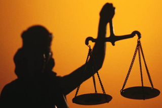Πρωτοφανής καταγγελία Εισαγγελέα Πρωτοδικών
