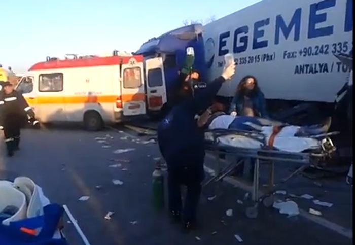 Τραγωδία! Δύο νέες γυναίκες «έσβησαν» στην άσφαλτο (Βίντεο)