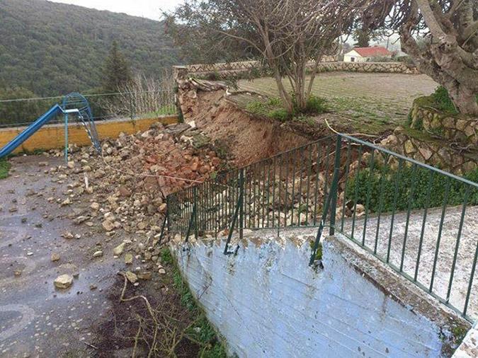 Εκκενώθηκε οικισμός στην Κεφαλονιά