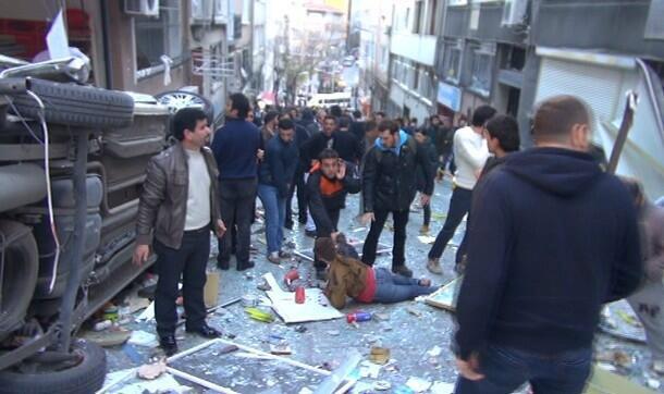 Έκρηξη με πολλούς τραυματίες κοντά στην πλατεία Ταξίμ (βίντεο)