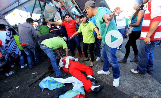Τραγωδία με τέσσερις νεκρούς στο καρναβάλι της Βολιβίας